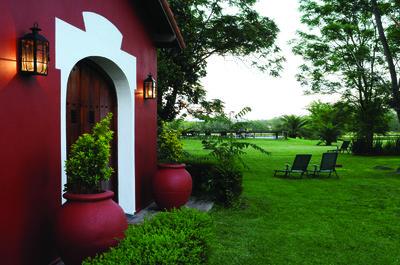 Estancia El Cencerro: Hotel Boutique y Salon de Eventos